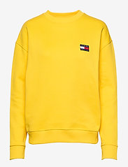 Tommy Jeans - TJW TOMMY BADGE CREW - sweatshirts - spectra yellow - 0