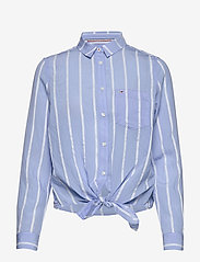 Tommy Jeans - TJW FRONT KNOT SHIRT - langærmede skjorter - white / moderate blue - 0