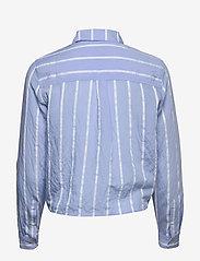 Tommy Jeans - TJW FRONT KNOT SHIRT - langærmede skjorter - white / moderate blue - 1