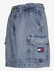 Tommy Jeans - SHORT CARGO SKIRT CR - jeanskjolar - carol lt bl rig - 2