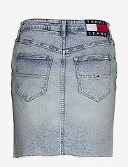Tommy Jeans - SHORT DENIM SKIRT CNLBCF - jupes en jeans - cony light blue comfort - 1