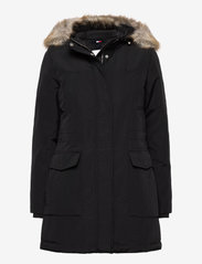 Tommy Jeans - TJW TECHNICAL DOWN PARKA - parka coats - black - 0