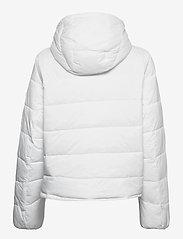 Tommy Jeans - TJW SIDE SLIT JACKET - down- & padded jackets - white - 2