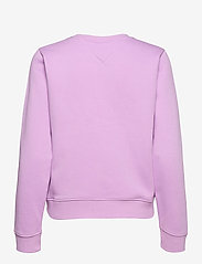 Tommy Jeans - TJW SLIM LOGO CREW - sweatshirts & hoodies - fresh orchid - 1