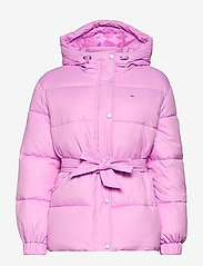 Tommy Jeans - TJW BELTED PUFFER - dun- & vadderade jackor - fresh orchid - 0