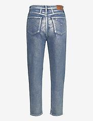 Tommy Jeans - MOM JEAN HR TPRD MTLC - mammajeans - metallic com - 1