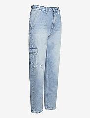 Tommy Jeans - MOM JEAN CARGO SVLBR - mom jeans - save ps lb rig dest - 3