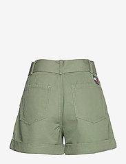 Tommy Jeans - TJW MOM BELTED SHORT - paper bag shorts - desert olive - 2