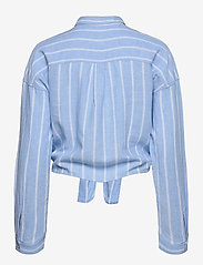 Tommy Jeans - TJW RELAXED FRONT KNOT SHIRT - långärmade skjortor - moderate blue / stripe - 1