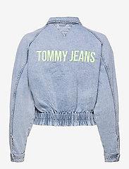 Tommy Jeans - CARGO CROP JACKET TJLLBC - jeansjackor - leon lb com - 1