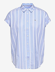Tommy Jeans - TJW RELAXED STRIPE SHIRT SS - kortärmade skjortor - moderate blue / stripe - 0