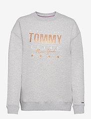 Tommy Jeans - TJW METALLIC TOMMY SWEATSHIRT - sweatshirts & hoodies - silver grey htr - 0