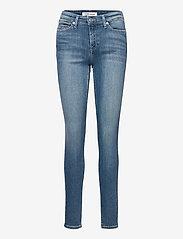 Tommy Jeans - NORA MR SKNY AE114 ELBS - skinny jeans - denim light - 0