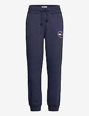 Tommy Jeans - TJW SLIM BOX FLAG SWEAT PANT - sweatpants - twilight navy - 0