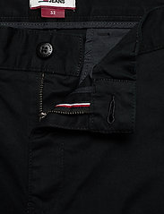 Tommy Jeans - TJM ESSENTIAL CHINO SHORT - chinos shorts - black - 3