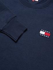 Tommy Jeans - TJM TOMMY BADGE CREW - basic sweatshirts - black iris - 1