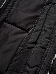 Tommy Jeans - TJM TECH JACKET - padded jackets - tommy black - 10