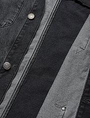 Tommy Jeans - TJM CARGO JACKET CRMXK - overshirts - care mix black - 4