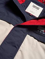 Tommy Jeans - TJM COLORBLOCK JACKET - padded jackets - black iris/multi - 2