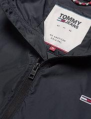Tommy Jeans - TJM PACKABLE WINDBREAKER - light jackets - black - 3