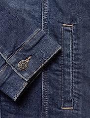 Tommy Jeans - REGULAR TRUCKER JACK - farkkutakit - devi dk bl com - 3