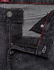 Tommy Jeans - SCANTON SLIM SHORT C - denim shorts - court bk str - 3