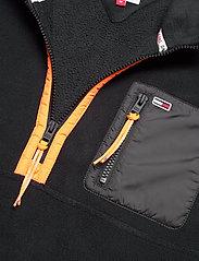 Tommy Jeans - TJM MIX FABRIC MOCK NECK C - basic-sweatshirts - black / multi - 2