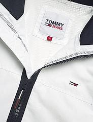 Tommy Jeans - TJM ESSENTIAL CASUAL BOMBER - bomberjackor - white - 2