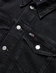 Tommy Jeans - OVERSIZE TRUCKER JACKET SSPBBRD - jeansjackor - save sp bk bk rgd destr - 2
