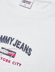 Tommy Jeans - TJM TIMELESS TOMMY SCRIPT TEE - kortärmade t-shirts - white - 2