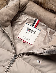 Tommy Jeans - TJW ESSENTIAL HOODED - padded jackets - mourning dove - 8