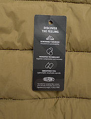 Tommy Jeans - TJW QUILTED TAPE DETAIL JACKET - padded jackets - martini olive - 4