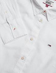 Tommy Jeans - TJW SLIM FIT OXFORD SHIRT - langærmede skjorter - white - 2