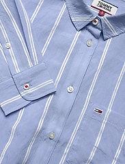 Tommy Jeans - TJW FRONT KNOT SHIRT - langærmede skjorter - white / moderate blue - 2