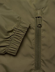 Tommy Jeans - TJW CHEST LOGO WINDBREAKER - vestes legères - olive tree - 4