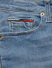 Tommy Jeans - CLASSIC DENIM SKIRT - denimnederdele - victoria lt bl str - 2
