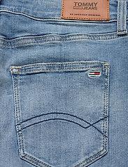 Tommy Jeans - CLASSIC DENIM SKIRT - denimnederdele - victoria lt bl str - 4