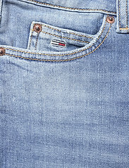 Tommy Jeans - KATIE CROP FLARE BF SMMB - schlaghosen - sima mid bl com - 2