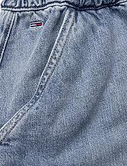 Tommy Jeans - SHORT CARGO SKIRT CR - jeanskjolar - carol lt bl rig - 3
