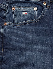 Tommy Jeans - MOM JEAN HR TPRD CNDBCF - cony dark blue comfort - 2