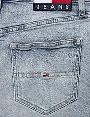 Tommy Jeans - SHORT DENIM SKIRT CNLBCF - jupes en jeans - cony light blue comfort - 4