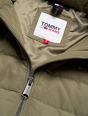 Tommy Jeans - TJW QUILTED DOWN COAT - quilted jackets - olive tree - 5
