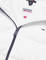 Tommy Jeans - TJW SIDE SLIT JACKET - down- & padded jackets - white - 5