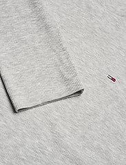 Tommy Jeans - TJW RIB MOCK NECK LONGSLEEVE - long-sleeved tops - silver grey htr - 2