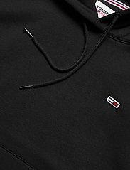 Tommy Jeans - TJW REGULAR FLEECE HOODIE - sweatshirts & hoodies - black - 2