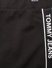 Tommy Jeans - TJW BODYCON TAPE DETAIL SKIRT - midi kjolar - black - 4