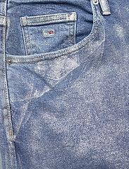 Tommy Jeans - MOM JEAN HR TPRD MTLC - mammajeans - metallic com - 2
