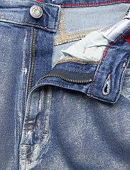 Tommy Jeans - MOM JEAN HR TPRD MTLC - mammajeans - metallic com - 3