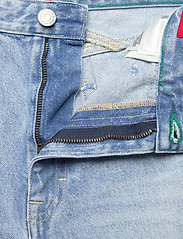 Tommy Jeans - MOM JEAN CARGO SVLBR - mom jeans - save ps lb rig dest - 5