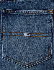 Tommy Jeans - MOM JEAN ULTRA HR TPRD EMF SPMBR - mom jeans - emf sp mb rgd - 4